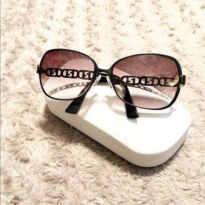 Fendi sunglasses FF's paid $390 Good condition
